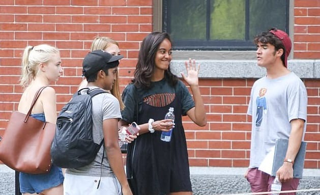 Barack and Michelle Obama Escorts Malia to Harvard University After Festival Scandal