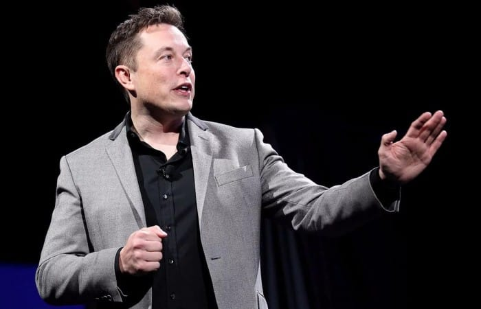 Elon Musk claims his Boring Co. has raised $300,000 by selling hats