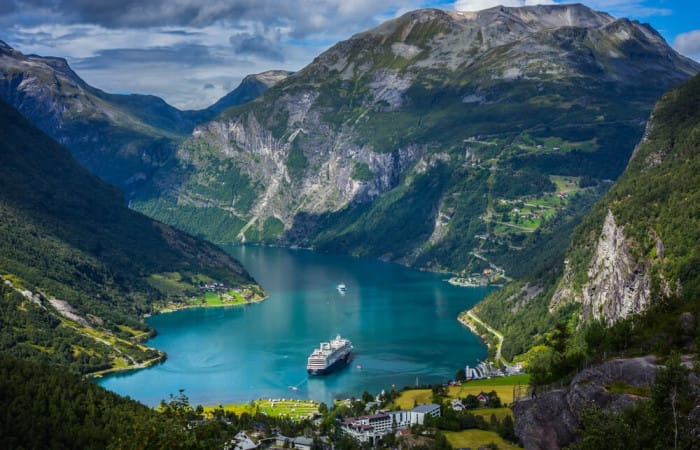 Science: Danish «lakes» provide unique insights to climate change