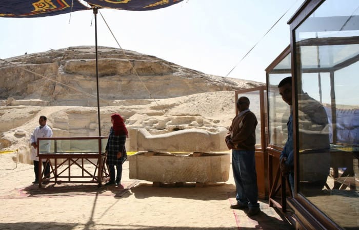 Egypt: Ancient necropolis discovered by archaeologists