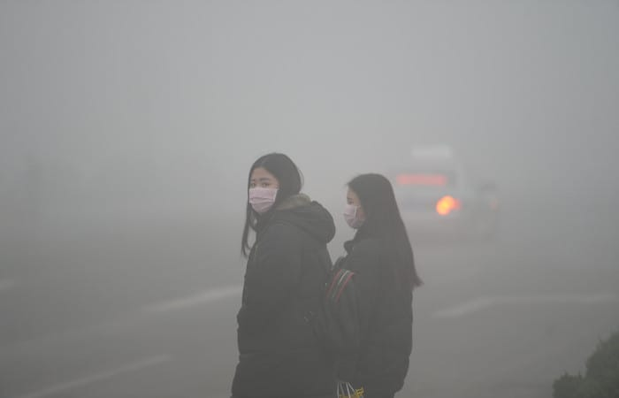 Heavy smog in Bangkok forces over 400 schools to close