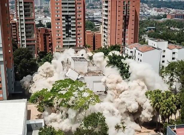 Pablo Escobar's «Monaco» building in Medellin finally demolished