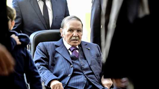 Algeria: Bouteflika appoints new government