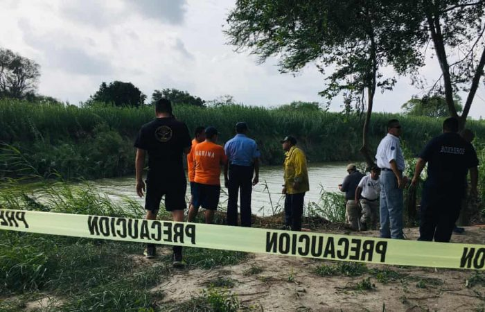 Migrant father, daughter found dead in Rio Grande as US immigration head resigns