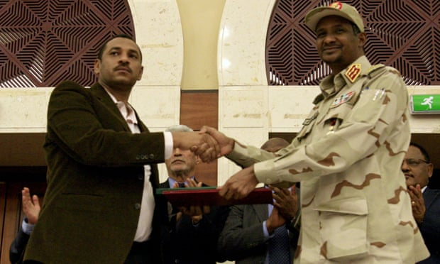 Sudan: military rulers, civil protesters sign power-sharing accord