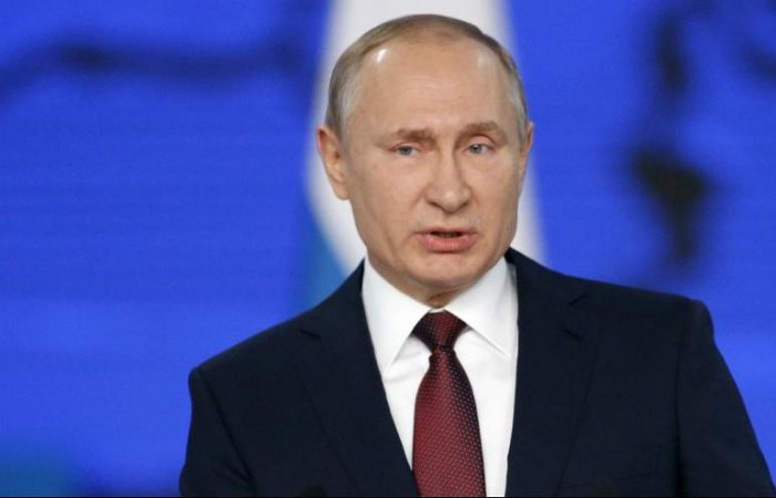 Putin meets pope as relations thaw between Russia, Vatican