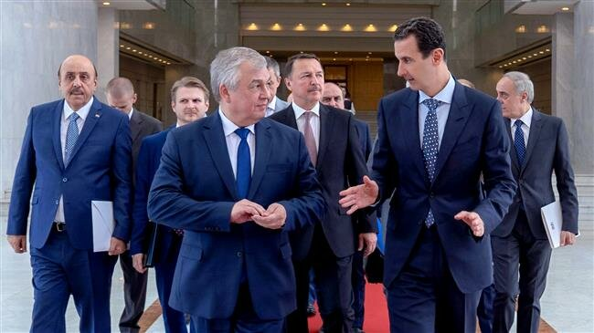 Russian diplomats discuss with Assad Syria constitutional committee