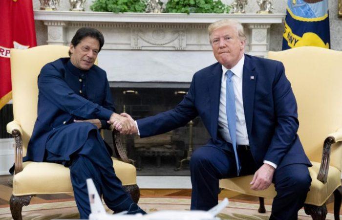 Trump welcomes Pakistan PM Imran Khan in Washington