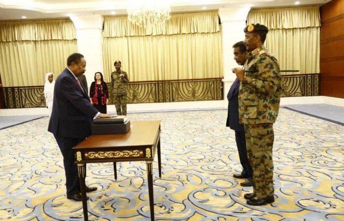 Sudan: Abdalla Hamdok takes office as new prime minister