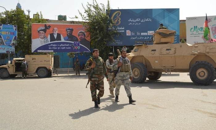 Taliban hit Afghan key city with suicide attack