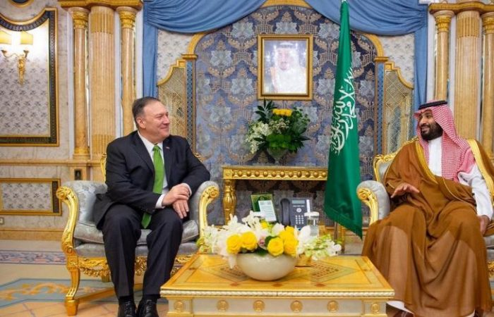 Saudi Crown Prince Mohammed receives Mike Pompeo in Jeddah