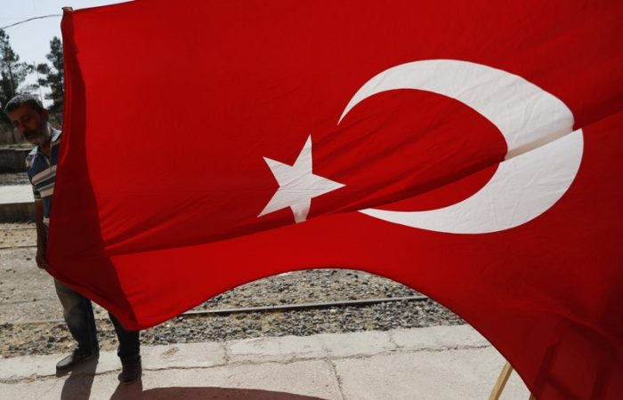 Syria: EU ministers consider reaction to Turkish offensive