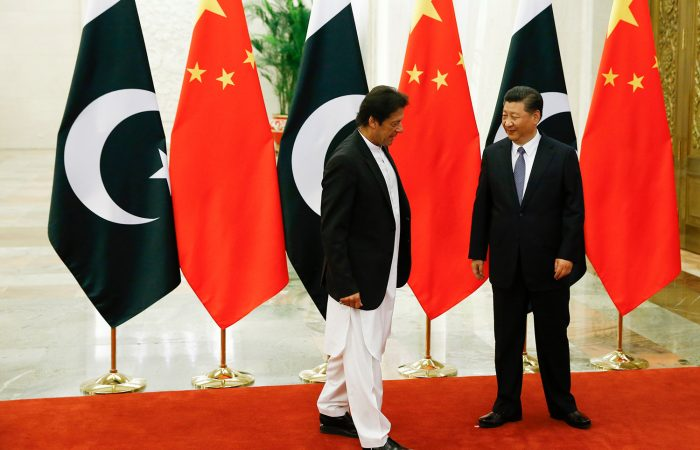 Chinese President  meets with Pakistani prime minister in Beijing