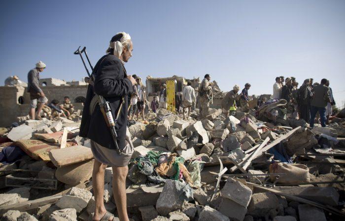 Saudis free 200 Yemeni rebels as part of peace efforts