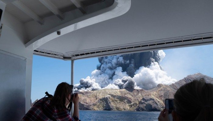 Sudden volcanic eruption in New Zealand resulted in five deaths