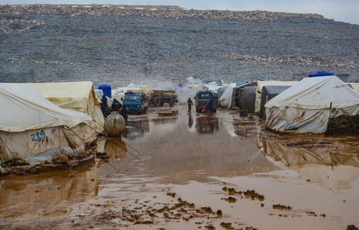 31,000 people fled Idlib toward Turkish border