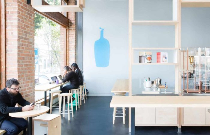 Coffee chain Blue Bottle tests reusable-cup-only approach