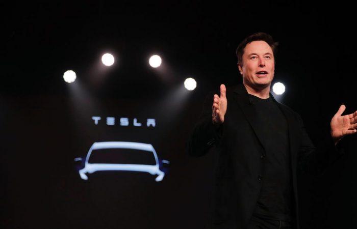 Elon Musk donates ventilators to California