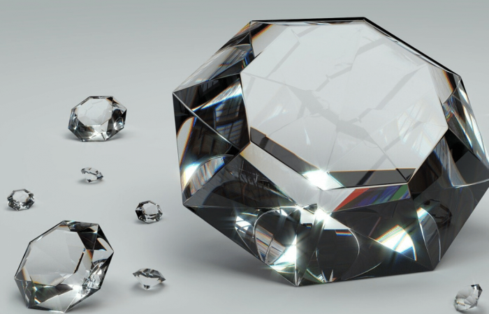 French jeweller using purely lab-grown diamonds