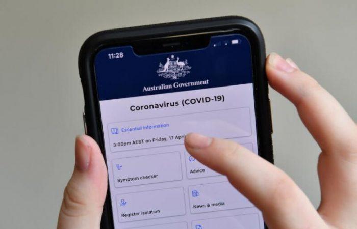 Australia launches controversial coronavirus tracking app