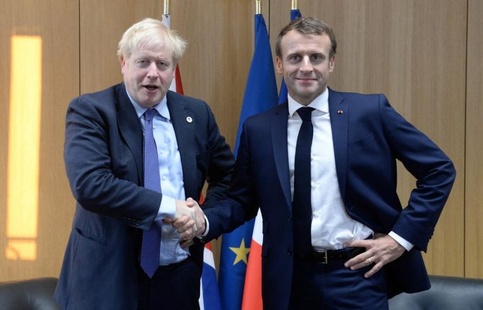 French President to talk Brexit in London