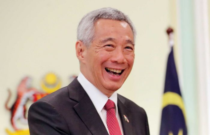 Chinese PM congratulates Singaporean counterpart Lee on re-election
