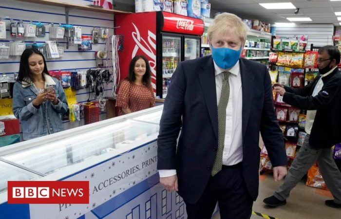 Face masks in shops will not be mandatory in UK: Gove
