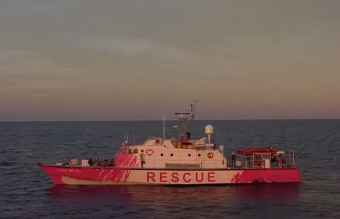 Banksy launches full scale refugee rescue ship