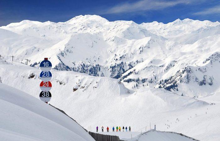 Austria bans apres-ski parties and updates travel warnings