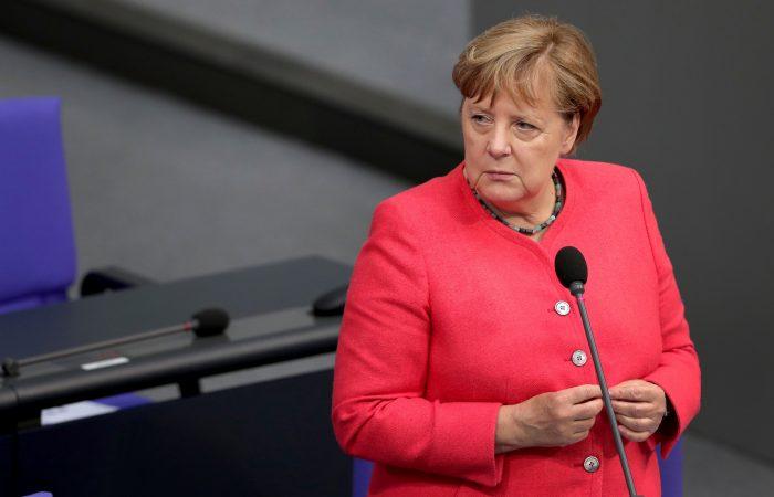 Merkel foresees economic speedy recovery once COVID is weak