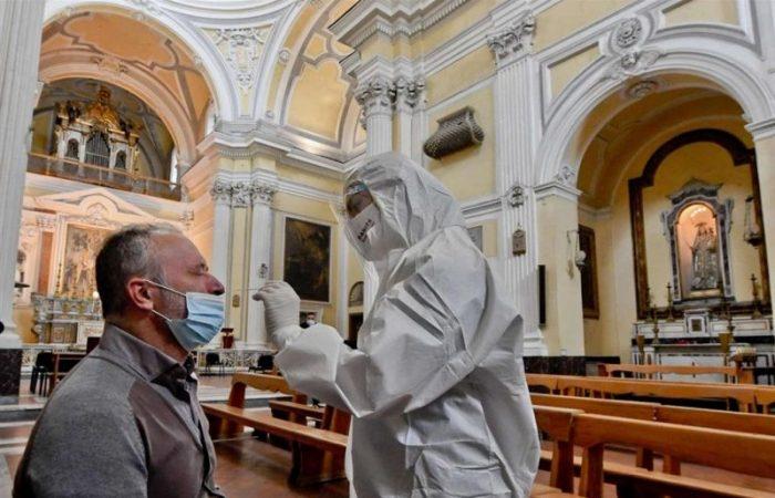 Italy: residents donate coronavirus tests amid shortage