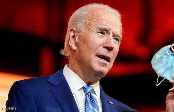 Biden signs immigration executive orders