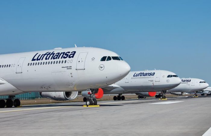 Lufthansa posts record annual loss