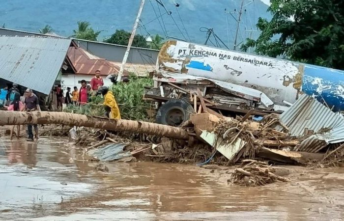 Death toll rises from floods and landslides in Indonesia and East Timor