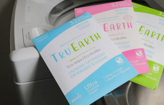 Zero-waste laundry strips vs detergent bottles