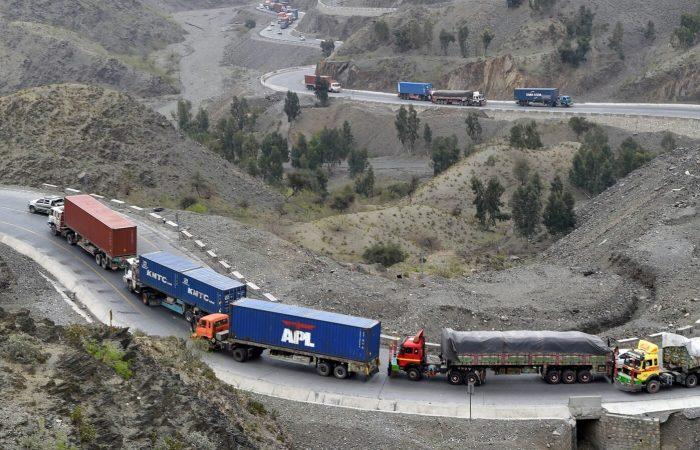 Pakistan, Uzbekistan trade goods via Afghanistan in landmark first