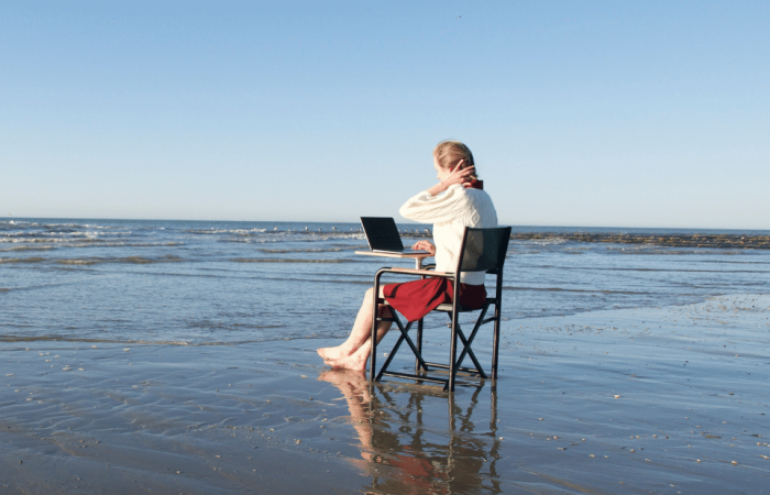 Multi-purpose chair allows users to work anywhere