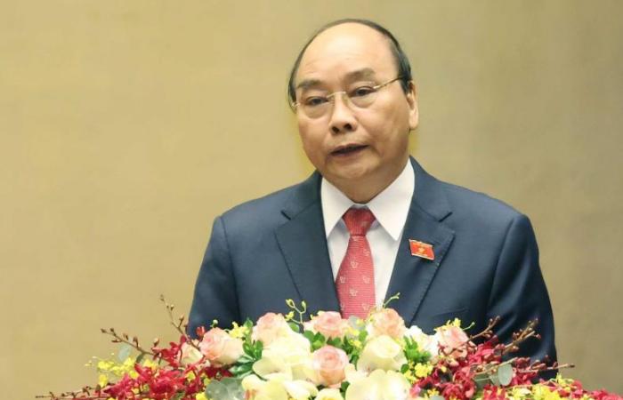 Vietnam: Nguyen Xuan Phuc elected as president