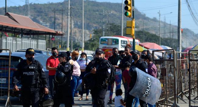 Ecuador: at least 22 inmates die in two prison riots