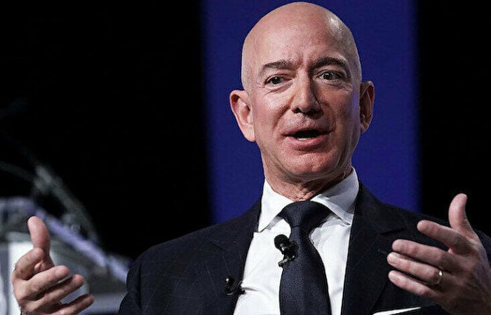 Bezos sues NASA over its deal with SpaceX