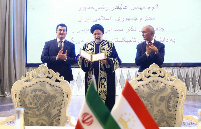 Tajik president officially welcomes President Raisi